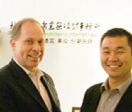 美国院士级规划大师访问德鲁安新办公室【人物2012】